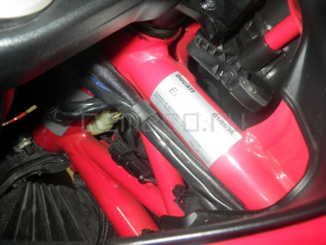 Ducati DIAVEL CARBON 8601 (31)