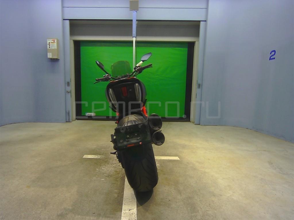 Ducati DIAVEL CARBON 8601 (6)
